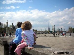 Paris mit zwei Kindern