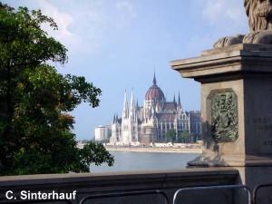 Blick aufs Parlamentsgebäude