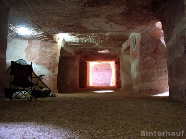 Campingplatz unter der Erde