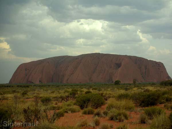 Gewitter über dem Uluru.