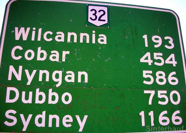 Straßenschild an der A 32 in New South Wales