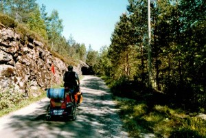 Viele Tunnel begleiten unseren Weg