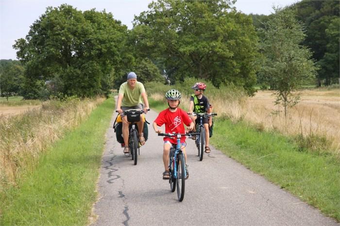 Mit dem Rad und kids on tour.
