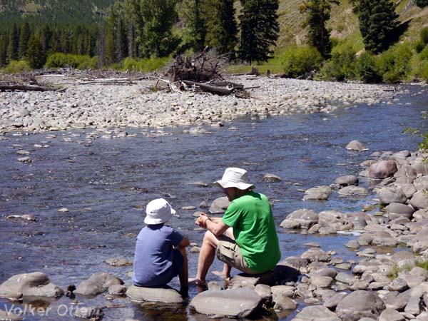 Wanderung Lamar River Trail. Rast am Cache Creek