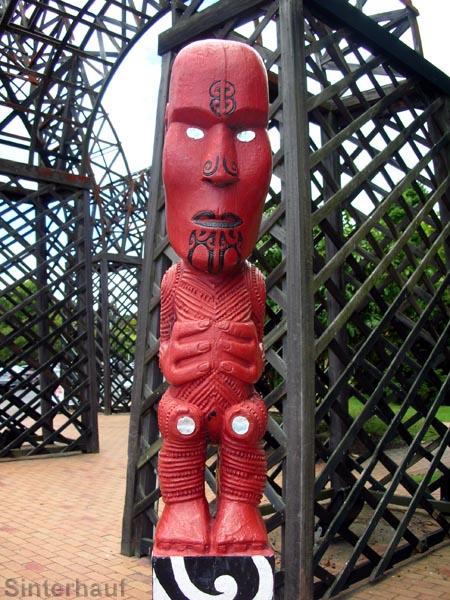Maoriskulptur in Rotorua