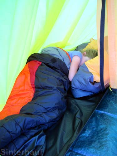 Doch irgendwann schlafen Kinder so gut, dass sie gar nicht mehr aufstehen möchten.