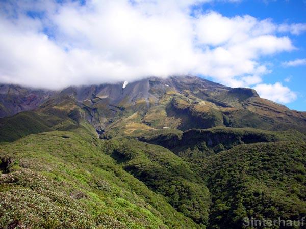 Verborgener Gipfel des Vulkans Taranaki
