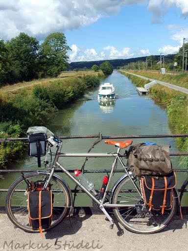 Auf der Rhein-Rhone Kanal Route