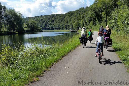 Der Radweg folgt hier dem Doubs durch eine sehr ländliche Gegend, fast ohne Verkehr