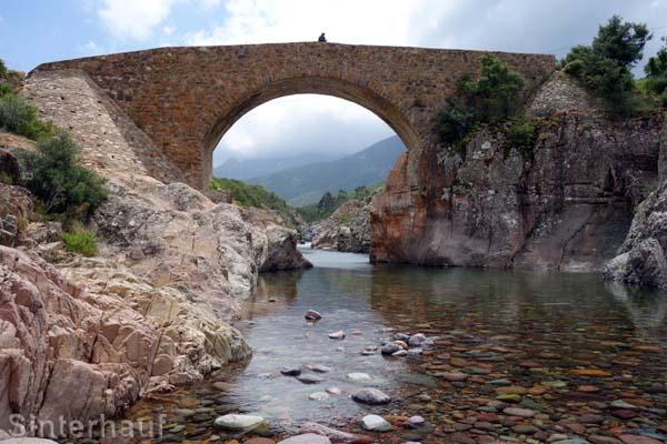 Die Brücke Ponte Vecchiu