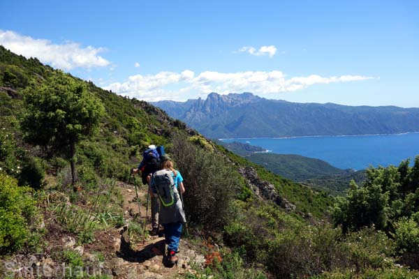 Abstieg nach Curzu