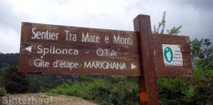 Wegweiser auf dem Mare e Monti