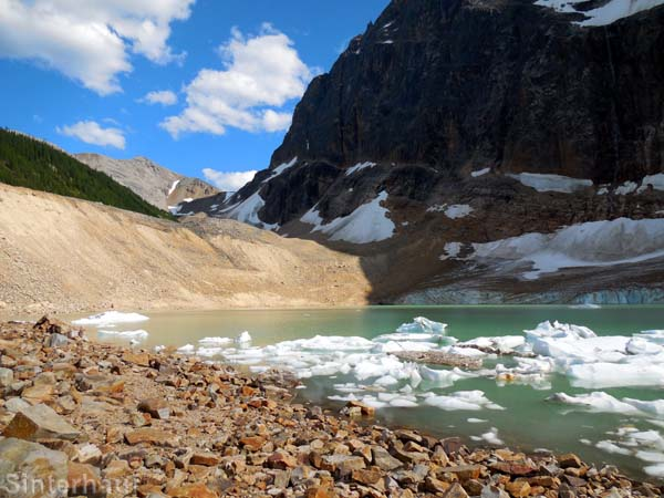 Gletschersee am Mt. Edith Cavell
