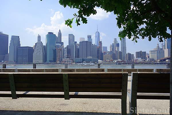 Blick auf Manhattan vom Brooklyn Park aus