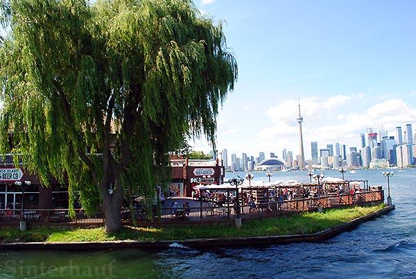Restaurant direkt an der Waterfront von Toronto Islands