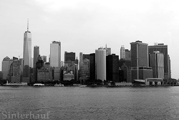 Manhattan von der Staten Island Ferry aus