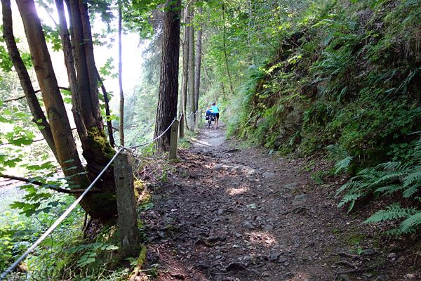 Mit Baby oder Kleinkind sind solche Trails kein Vergnügen