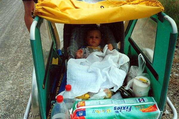 Eine Radtour mit Baby klappt nur, wenn beide Eltern es wollen.