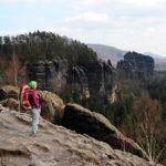 Eine von zahlreichen Ausblicken am Schrammstein