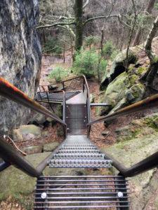 Die Abstiegstreppen am Schrammstein