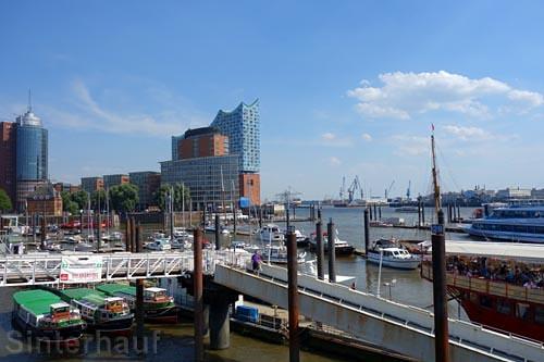 Hamburg mit der Elbphilharmonie