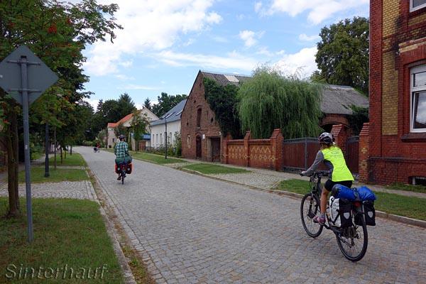 Schöne alte Dörfer an der Spree