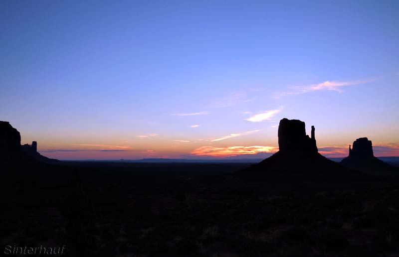 Sonnenaufgang am Monument Valley